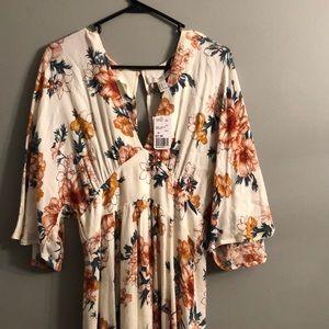 Gorgeous fall maxi dress!